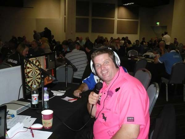 England Classic 2012 Darts - Scott Mitchell Commentating on EDO Live Stream