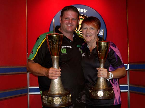 Gold Cup Singles 2018 Darts Champions - Scott Mitchell and Lisa Ashton