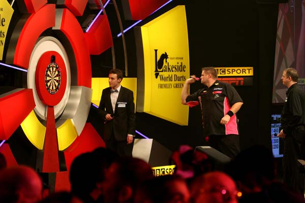 Lakeside 2013 Darts - Scott Mitchell v Mark Barilli