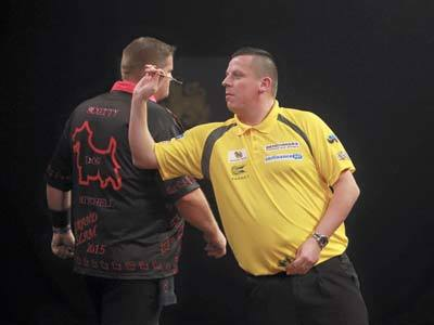 Grand Slam of Darts 2015 playing Dave Chisnall - Scott Mitchell Timeline